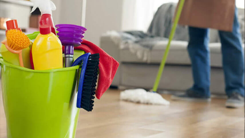 تمیز کردن کف و دیوار